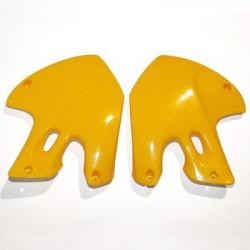 Ouies de radiateurs Ufo Plast pour Suzuki RM125/250 01-09